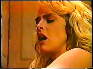 Classic Porno Buttfuck Sex In Elevator - Featuring Peter North