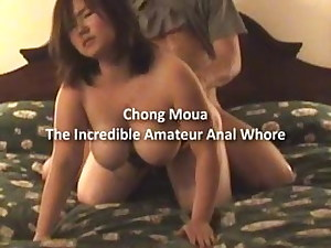 Chong Moua suck and clean with her mouth
