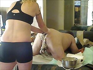 Blonde knuckles Oregongaper 15May21 Obese 2