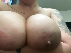 Fat TITTY THOT I MET ON INSTAGRAM SENT ME THIS
